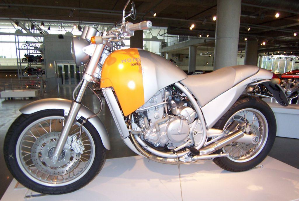 Top des motos à NE PAS acheter ! Aprilia_6-5_Moto-e1600183650633-1024x690