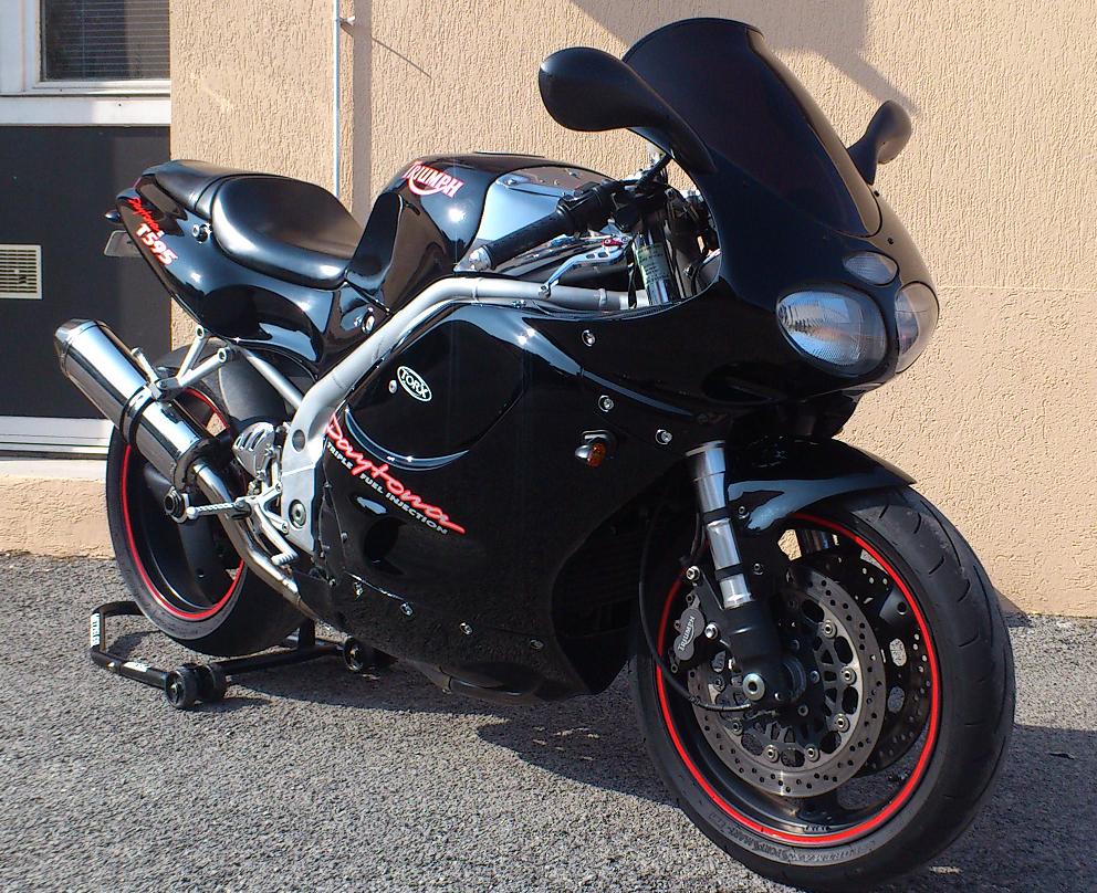 Top des motos à NE PAS acheter ! Daytona-T595